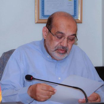آقای دکتر صلاح الدین دلشاد